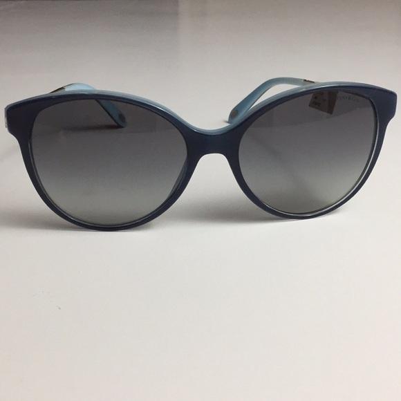 cb66bb157f537 Return to Tiffany   Co Sunglasses Havana Navy Blue